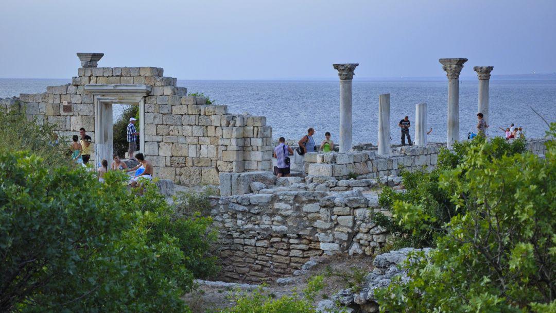 Морская прогулка в открытое море к Древнему городу Херсонес Таврический - фото 3