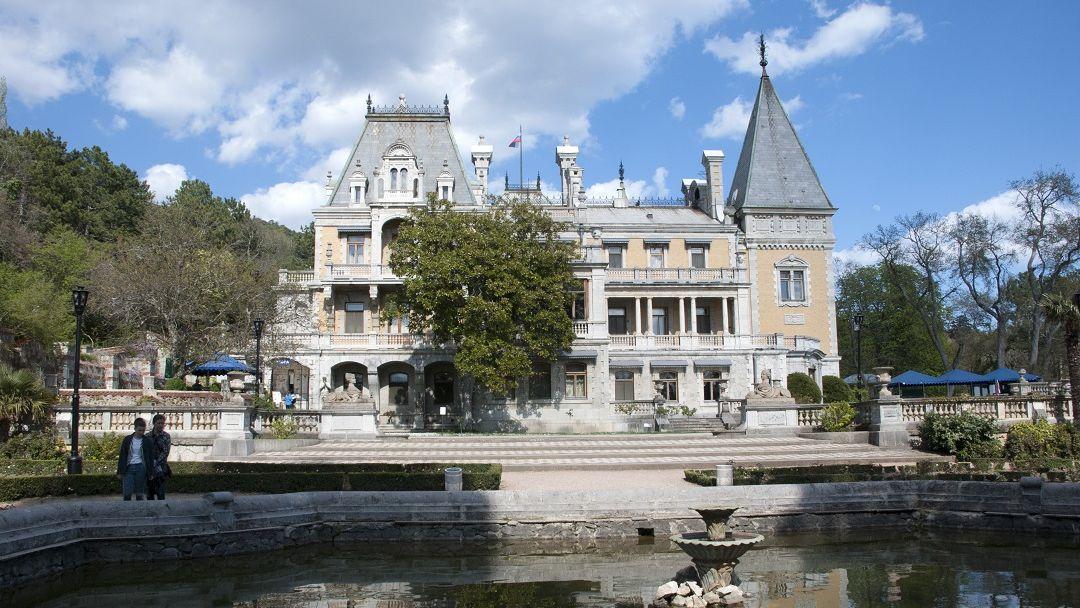 Два дворца и белый теплоход - фото 2
