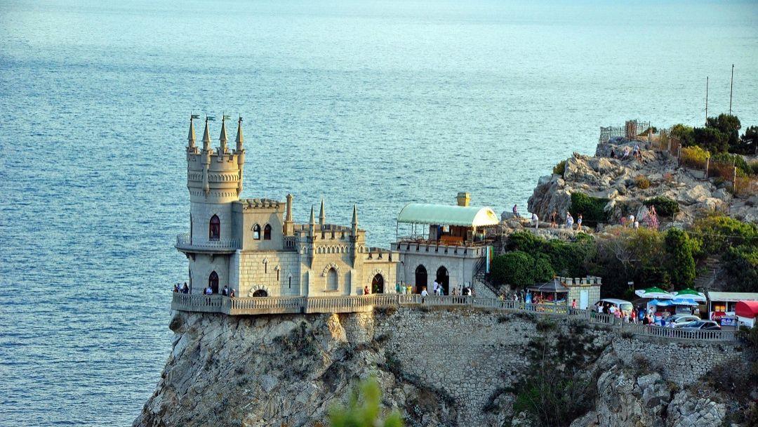 В мире сказок и легенд в Севастополе