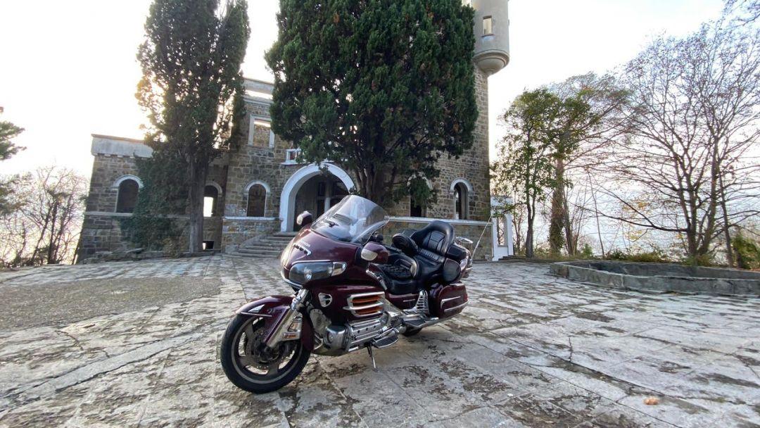 На мотоцикле в Санаторий Орджоникидзе в Адлере