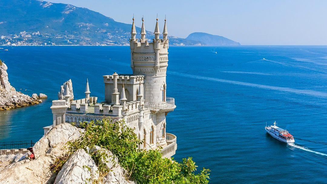 Дворцы Южного берега Крыма в Севастополе