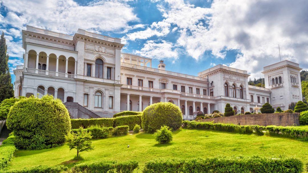 Дворцы Южного берега Крыма - фото 4