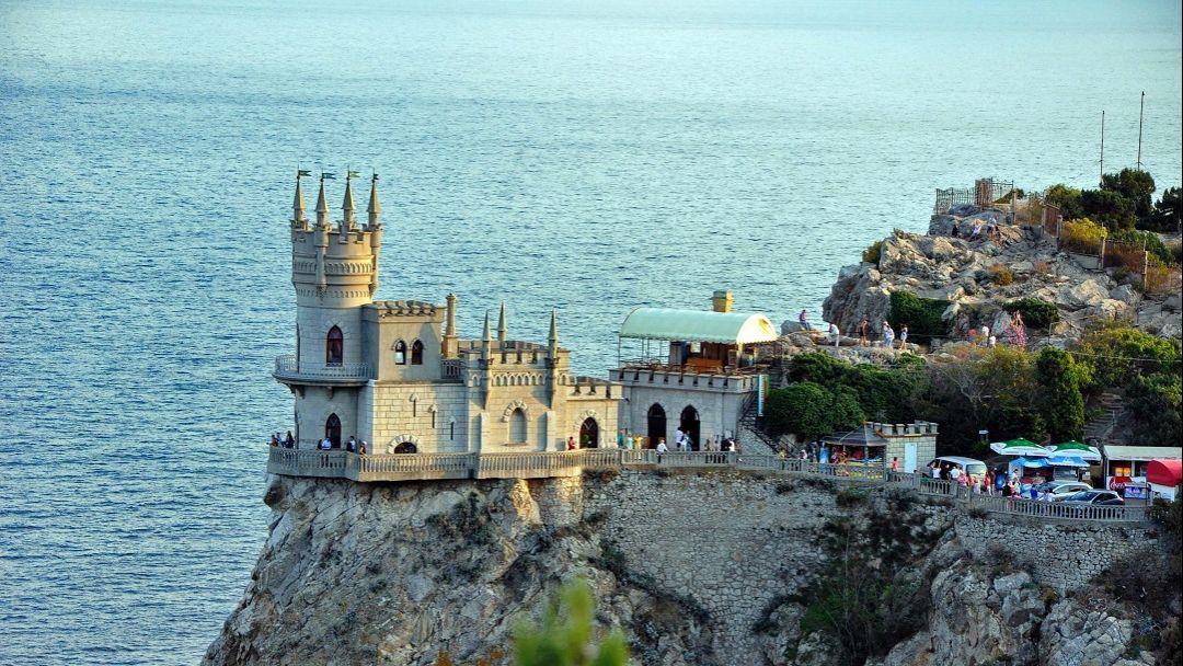 Два дворца и белый теплоход - фото 6