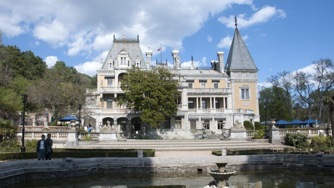 Два дворца и белый теплоход - фото 4