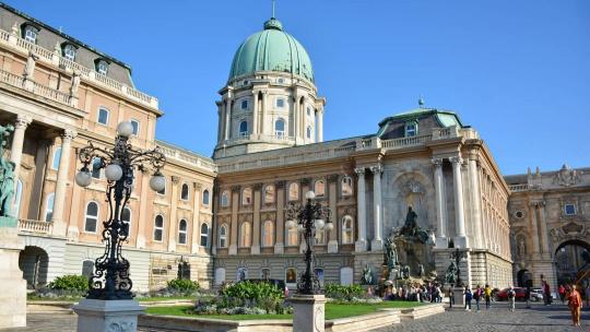 Королевкий дворец в Будапеште в Будапеште