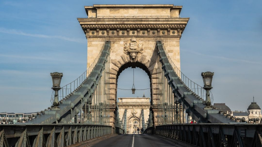 Цепной мост Сечени в Будапеште в Будапеште