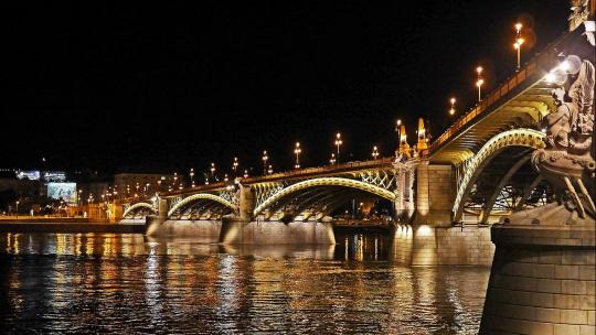 Мост Маргит в Будапеште в Будапеште