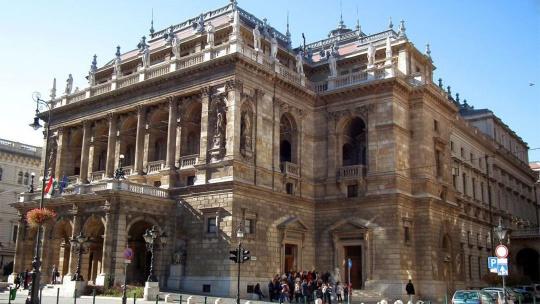 Оперный театр в Будапеште в Будапеште