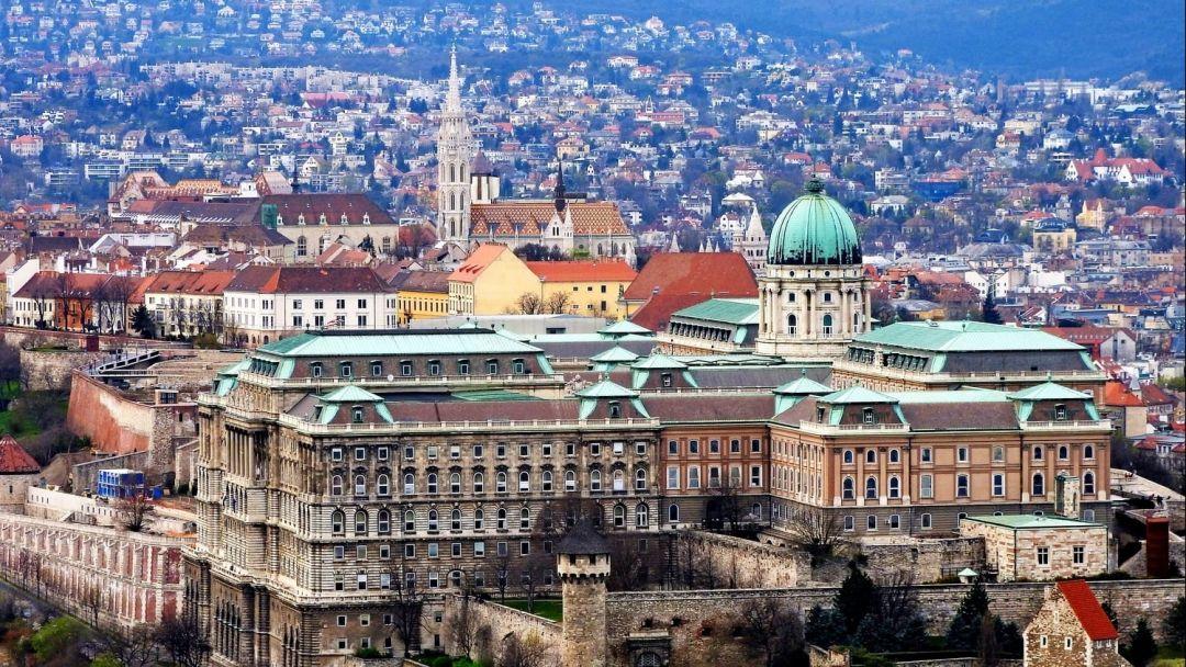 Прогулочный полет на самолете над Будапештом - фото 8