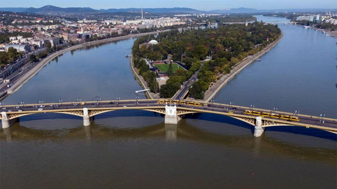 Полет на самолете над Будапештом и Сентендре - фото 9