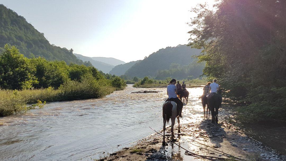 """На лошадях """"В Урочище Глубокая Балка"""" в Сочи"""