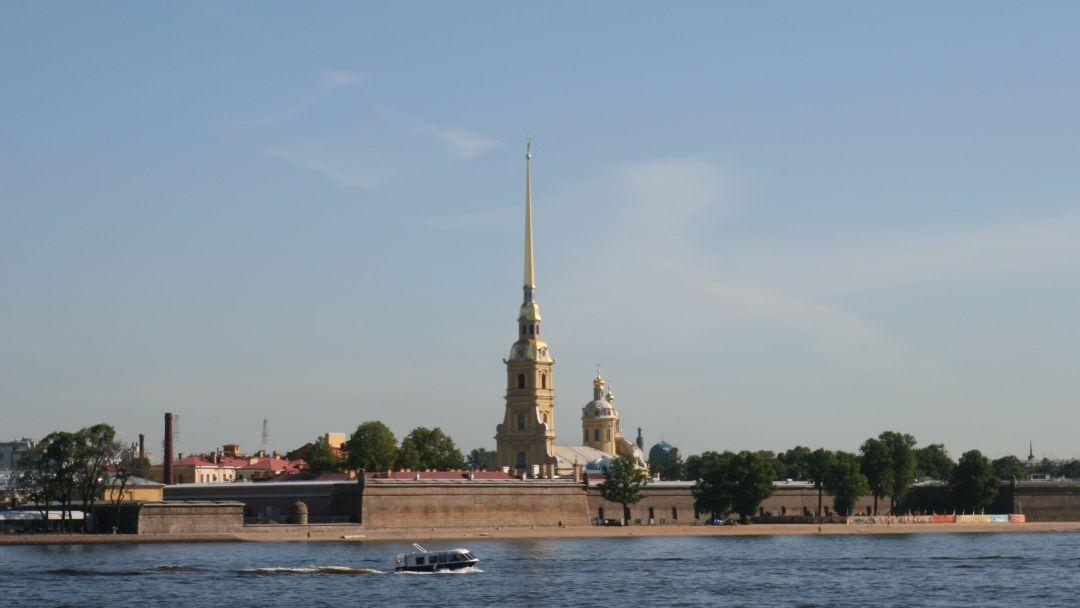 Петропавловская крепость и обзорная экскурсия по Санкт-Петербургу