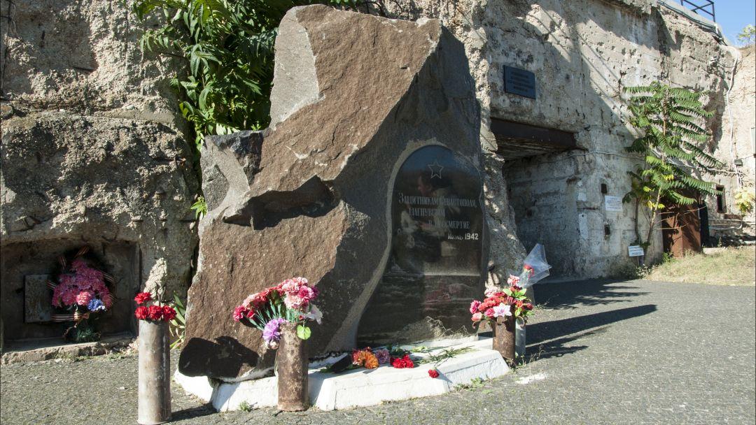 Герои Севастополя в Алупке