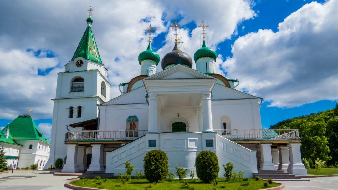 Канатная дорога + Печерский монастырь в Нижнем Новгороде