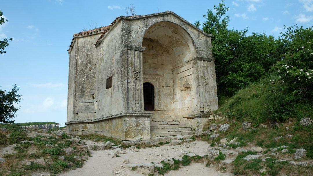 Экскурсия в Бахчисарай (Ханский дворец,Чуфут-Кале, Успенский монастырь) - фото 5