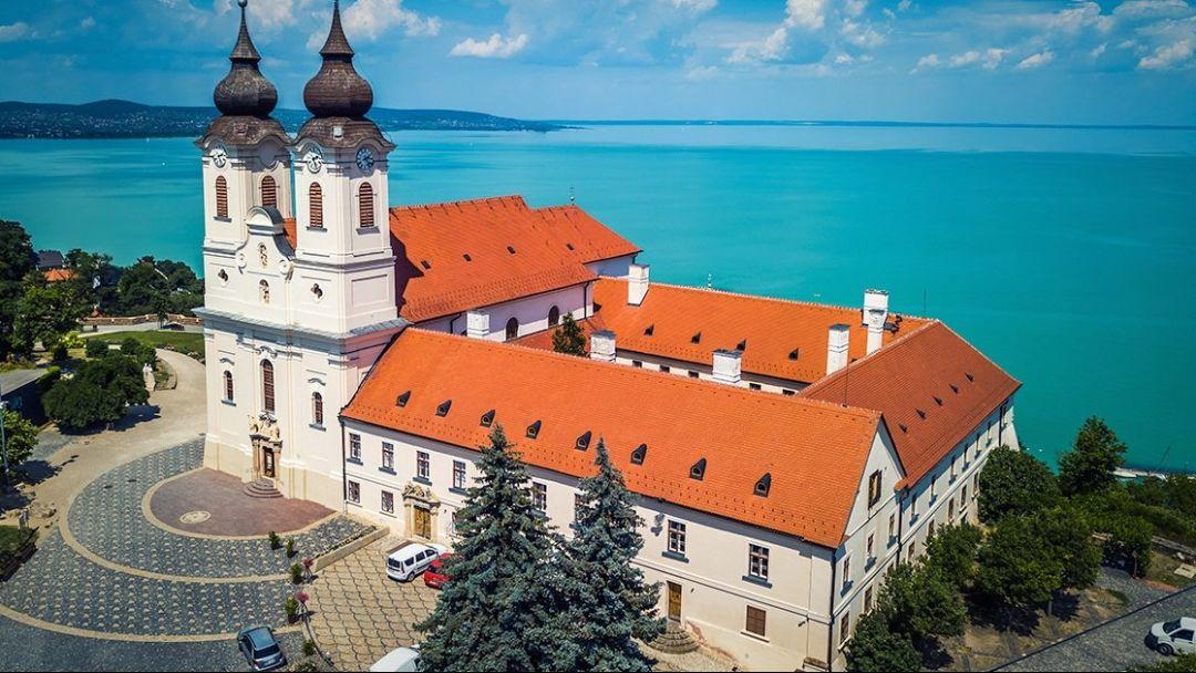 Колорит венгерской провинции и озеро Балатон - фото 11