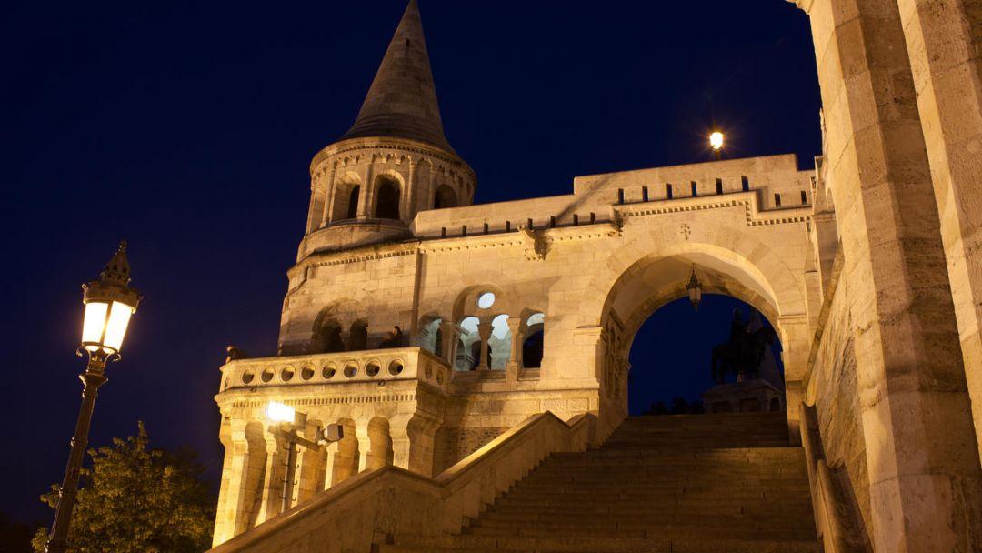 Игра света и тени - прогулка по вечернему Будапешту - фото 5