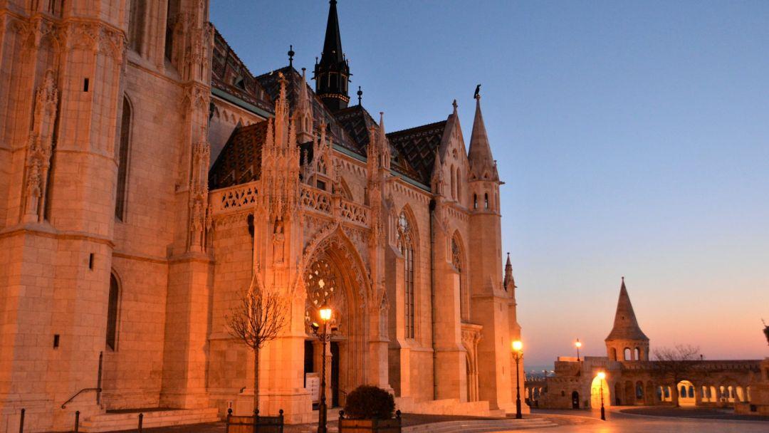 Игра света и тени - прогулка по вечернему Будапешту - фото 6