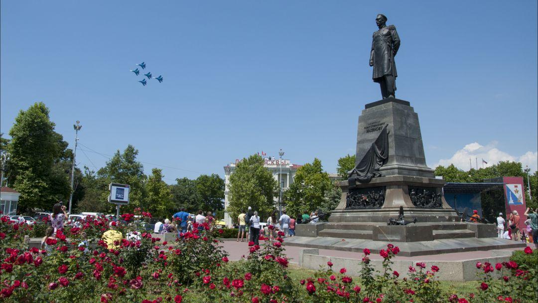 Центр + Диорама + Панорама в Учкуевке