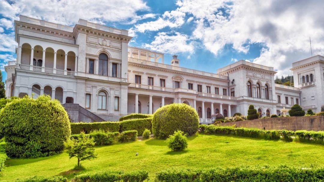 Блистательные дворцы Южнобережья в Северной стороне Севастополя