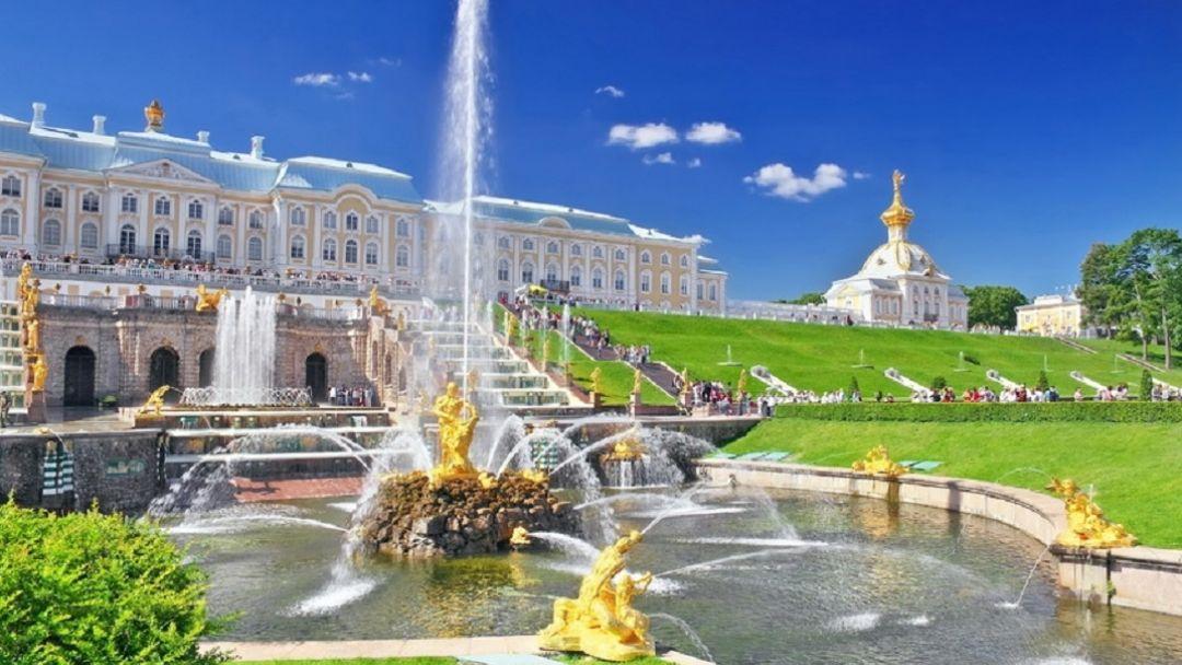 Петергоф (Большой дворец, Малый дворец, парк, фонтаны) - фото 2
