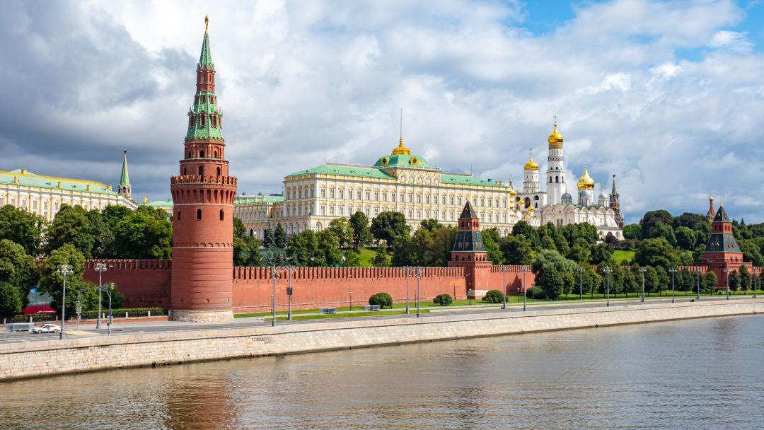 Экскурсия по трём крышам Москвы