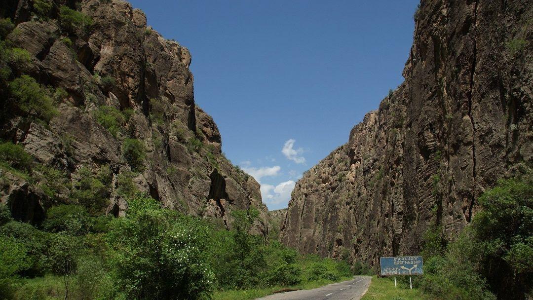 Монастырь Хор Вирап, Арени, Норавак - дороги, пропитанные солнцем! - фото 4