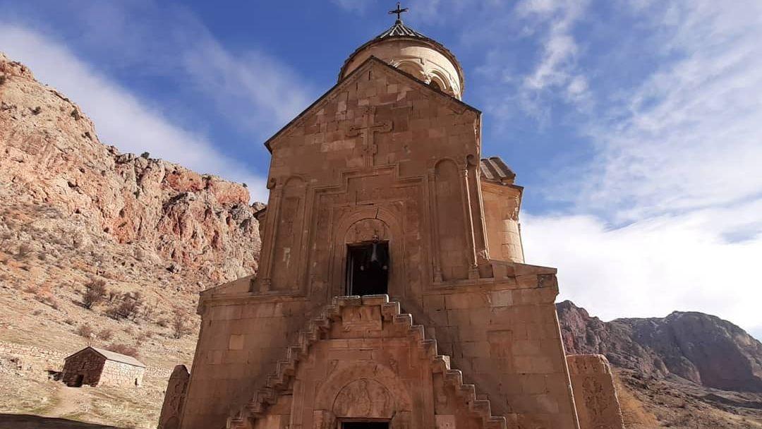 Монастырь Хор Вирап, Арени, Норавак - дороги, пропитанные солнцем! - фото 3
