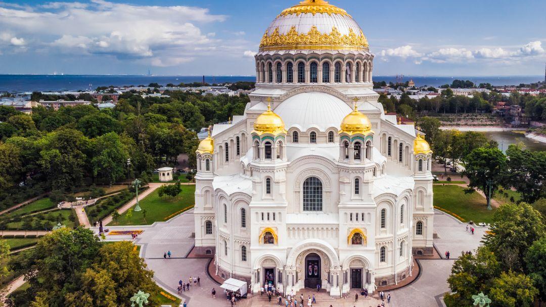 Кронштадт - город морской славы в Санкт-Петербурге